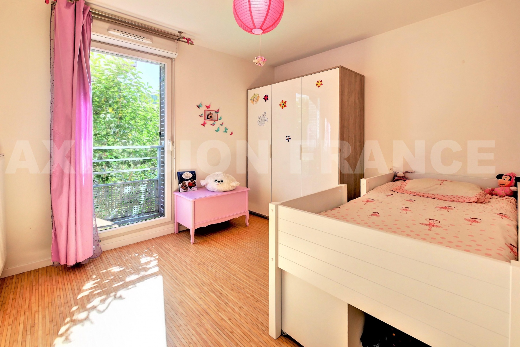 CHAMBRES FILLE JARDIN